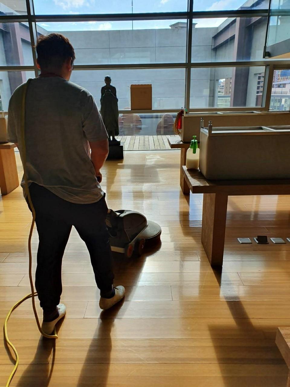 木質地板拋光養護