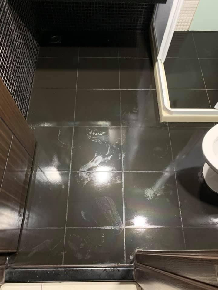 浴室水垢處理