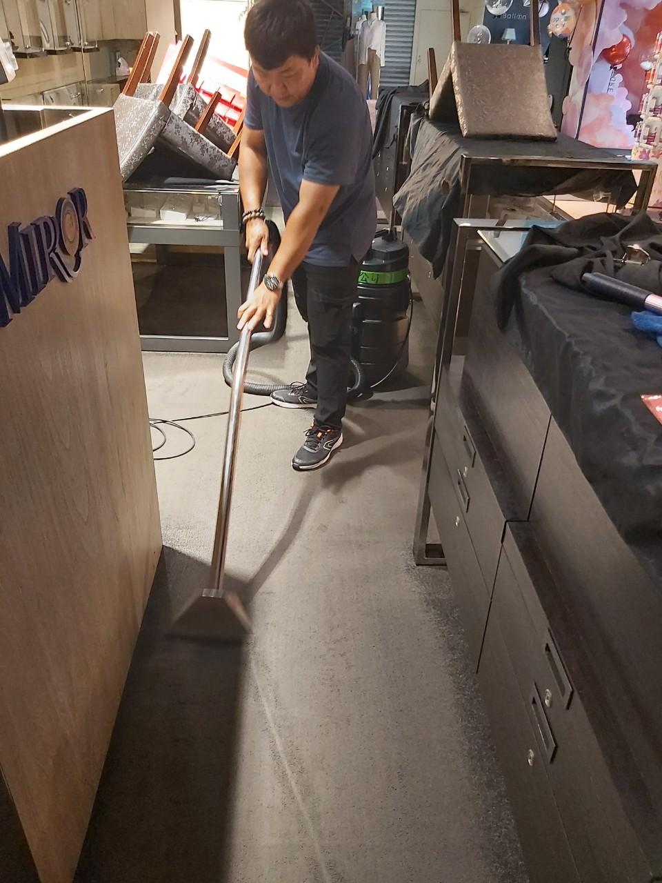 專櫃清潔地毯清洗
