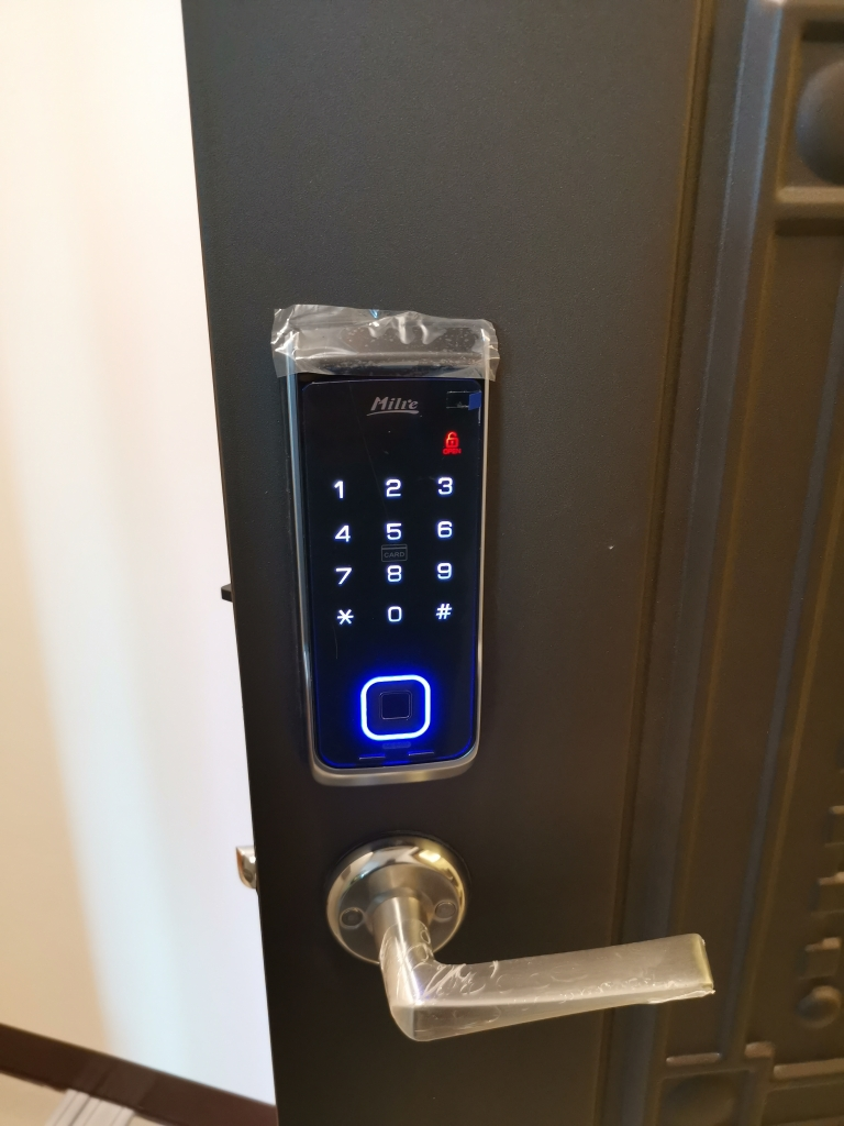美樂 Milie 三合一電子鎖MI-580  指紋+密碼+卡片