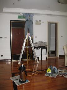 天花板及櫃子白蟻施工