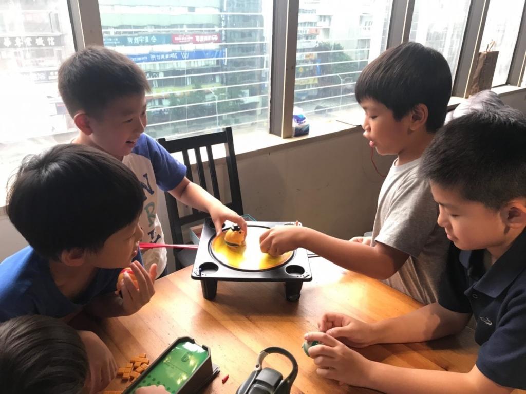 2019暑期活動-8樓聚會空間桌遊