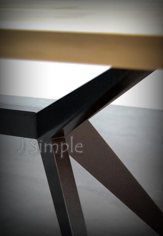 內凹實木桌