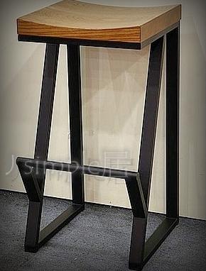工業風鐵製斜腳椅 檯