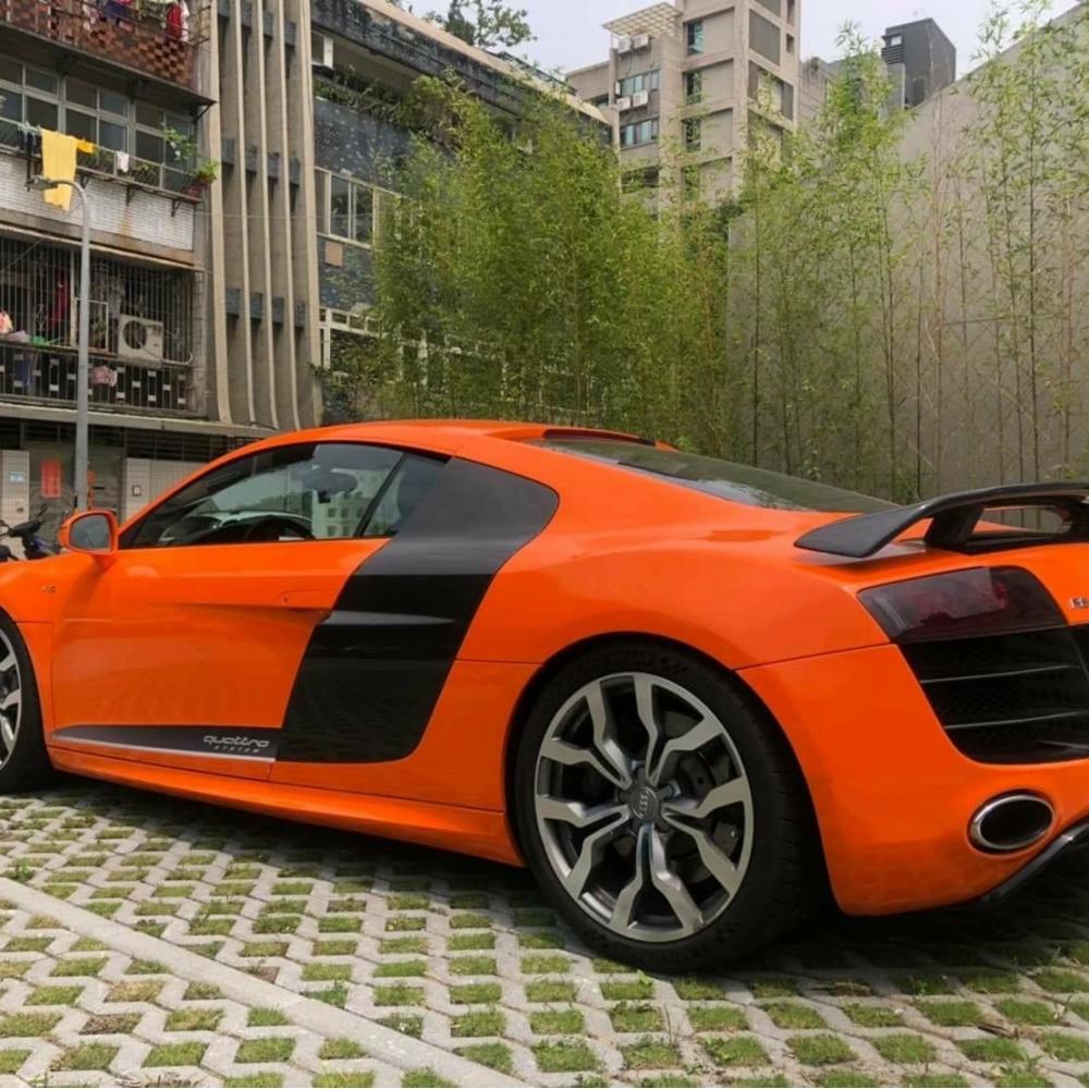 Audi|R8 V10 2011