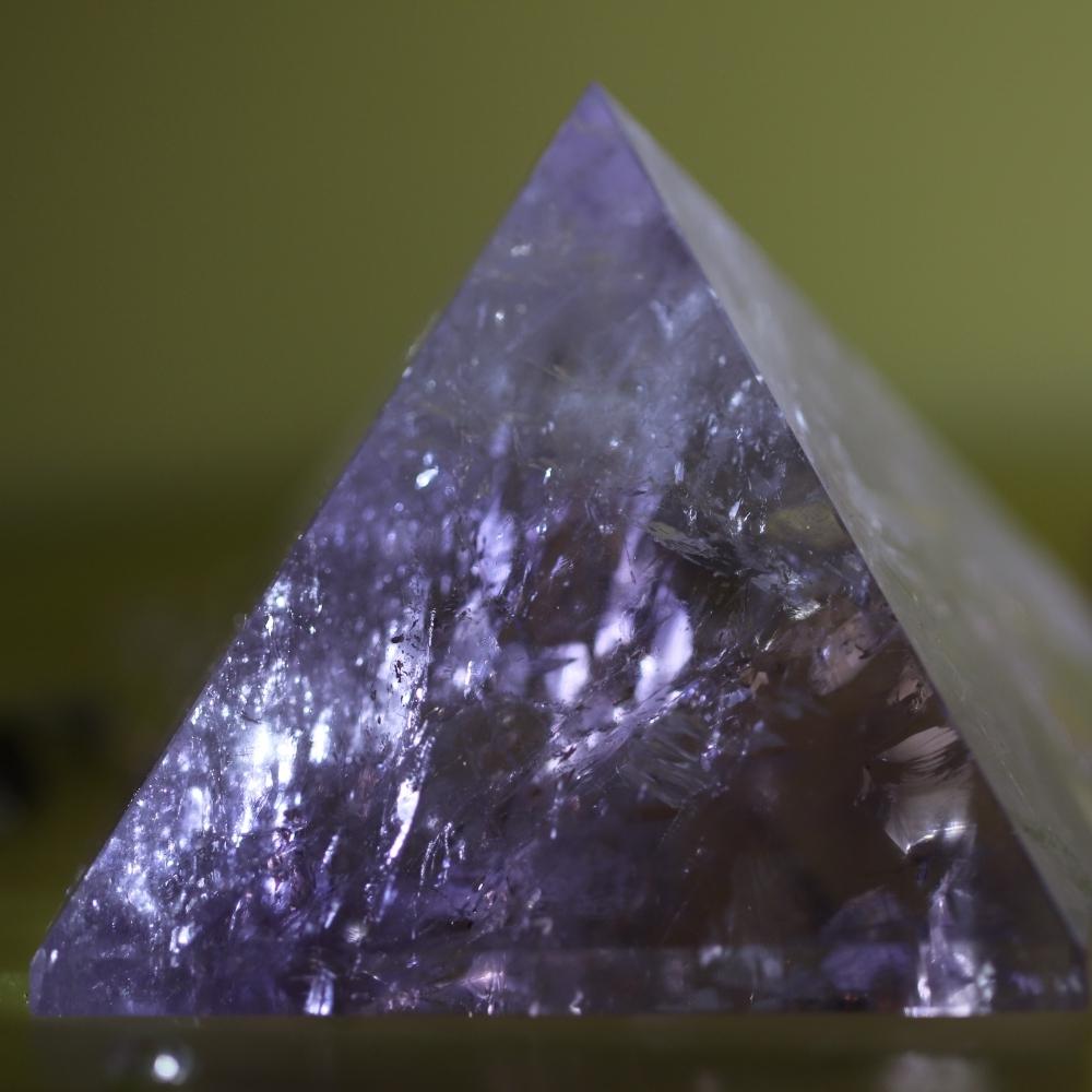 紫晶古埃及金字塔